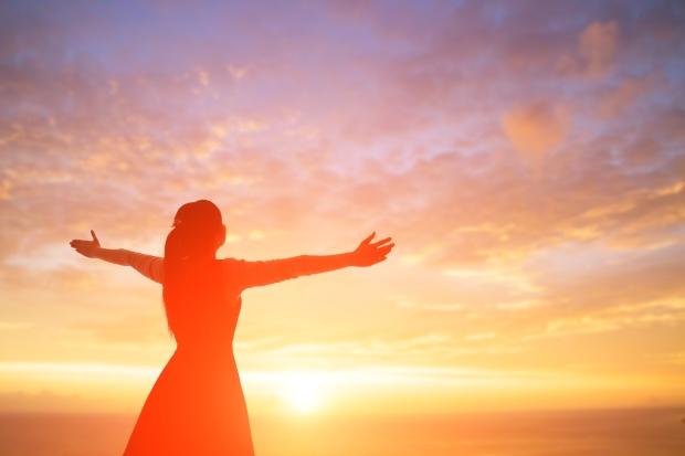 woman pray pious